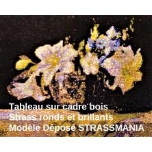 BOUQUET FLEURS BLANCHES  TOUT STRASS 40 x 50 cm SUR CADRE BOIS