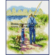 PECHE AVEC PAPY TOUT STRASS 40 x 50 cm SUR CADRE BOIS