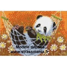PANDA HAMAC tout strass sur toile roulée 26 *36 cm