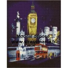 Londres TOUT STRASS 40 x 50 cm SUR CADRE BOIS