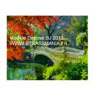 paysage pont TOUT STRASS 40 x 50 cm SUR CADRE BOIS